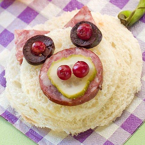 Sándwich con cara de cerdito