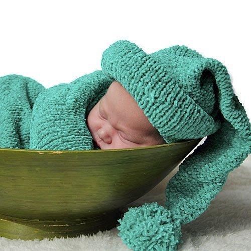 Bebé dormido en un frutero