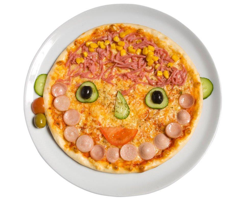 Una pizza con 'mucha cara' para los niños