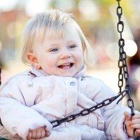 Protección solar a niños en parques infantiles