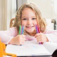 Dibujos para colorear con niños de fiestas
