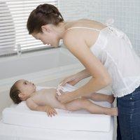 Cómo cambiar el pañal a tu bebé paso a paso