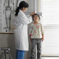El ritmo de crecimiento de los niños y niñas: la edad ósea