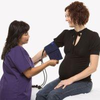 La preeclampsia o hipertensión en el embarazo. Síntomas y tratamiento