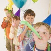 Juegos movidos para una fiesta de cumpleaños