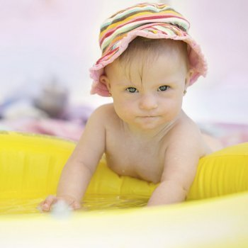 Cuidados contra el calor para bebés