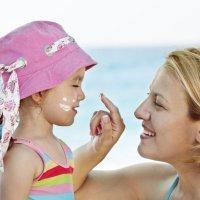Cremas solares para bebés y niños
