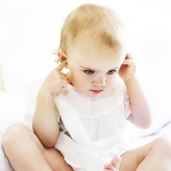 Niños con discapacidad auditiva
