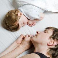 Cuando el niño no quiere dormir solo