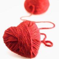 Corazón de lana. Manualidades para niños