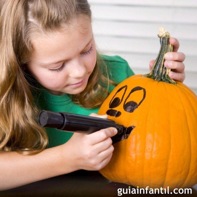 Manualidades De Halloween Para Ninos Con Material Reciclado