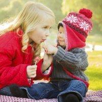 El momento de enseñar a los niños a compartir