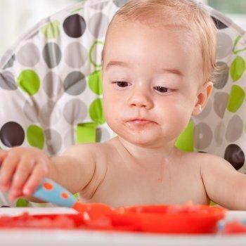 Introducción de los alimentos sólidos en la dieta del bebé