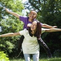 Cómo ayudar al hijo adoptado a entender la adopción