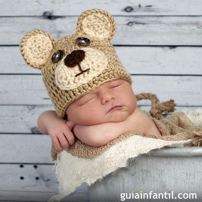 Disfraces de personajes de cuento para bebés de punto