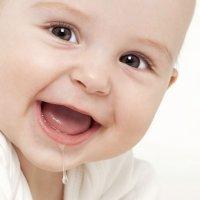 El babeo del bebé lactante