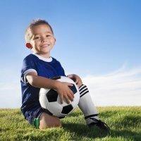 Niños vestidos para el Mundial de Fútbol