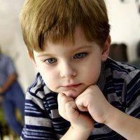 Como ayudar a los niños que dejan de hablar