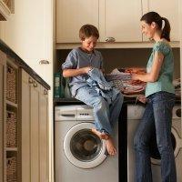 Cómo pueden ayudar en las tareas de casa los niños