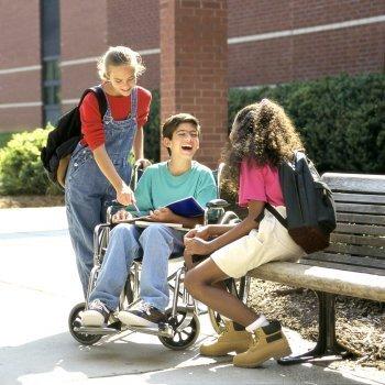 Derecho del niño a recibir cuidados especiales