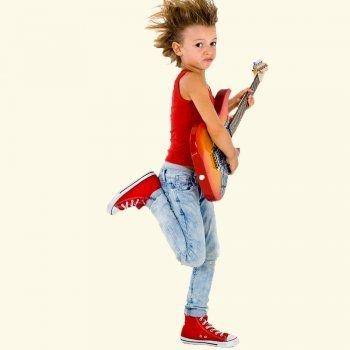 Cómo acercar la música moderna a bebés y niños
