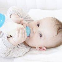 Tipos de leche de fórmula para bebés