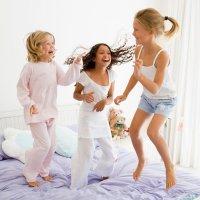Por qué a los niños les gusta dormir fuera de casa