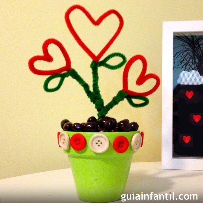 Maceta Con Flores En Forma De Corazón Manualidades Fáciles