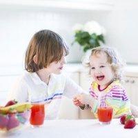 Alimentos que hidratan a los niños