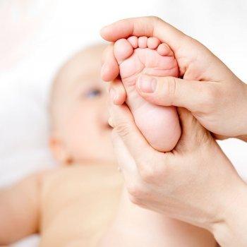 Reflexología en bebés, niños y embarazadas