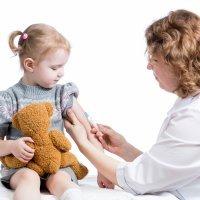 Vacunas para viajar con los niños