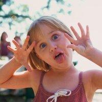 Cómo enseñar al niño a no burlarse de los demás
