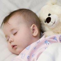Cómo utilizar la reflexología para ayudar a dormir al bebé