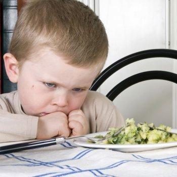 Qué hacer cuando el niño se niega a masticar