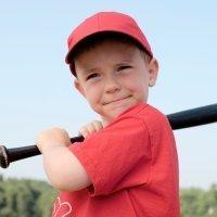Los beneficios del béisbol para los niños
