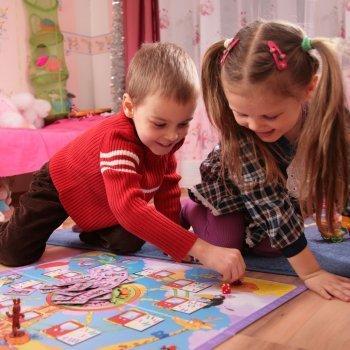 Juegos de mesa que ayudan al niño a ser más sociable