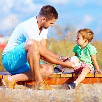 Curar heridas y hemorragias en niños