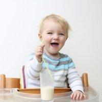 Cuándo dar leche de vaca al bebé