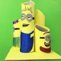 Portalápices de Minions. Manualidades de reciclaje para niños