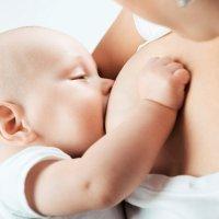 Prótesis mamarias y lactancia. Mitos y verdades