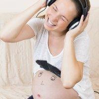 Los beneficios de cantar durante el embarazo