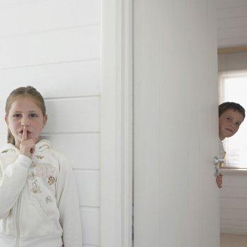 Enseñar a los niños a respetar el espacio vital
