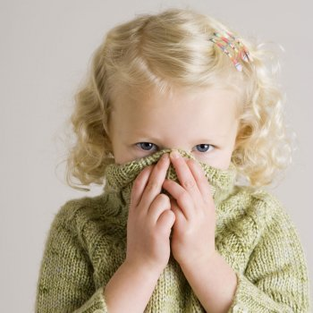 ¿Cuándo es la timidez un problema para los niños?