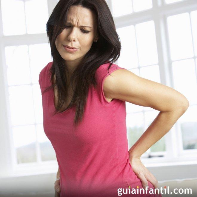 Dolor de espalda media en la forma natural