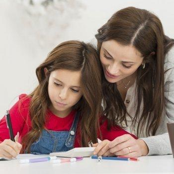 Cómo hacer dictados divertidos para los niños