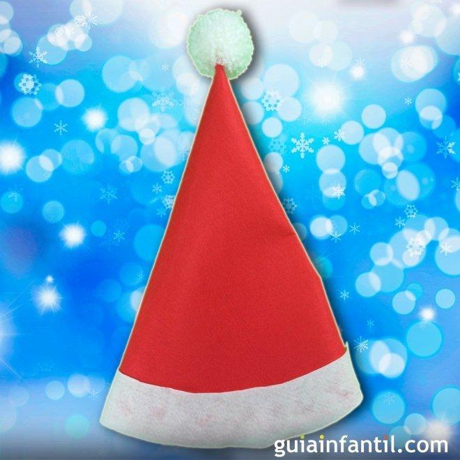 Manualidades Gorros De Navidad.Gorro De Papa Noel Con Fieltro Manualidades De Navidad