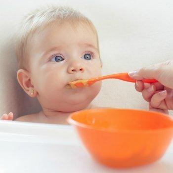 Alimentos contra el estreñimiento del bebé