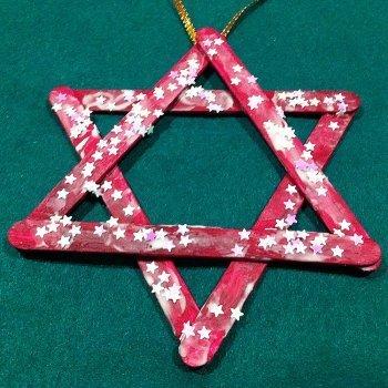 Manualidades de adornos de navidad con palos de helado for Decoracion navidena para ninos
