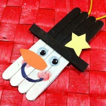 Manualidades de adornos de navidad con palos de helado for Trabajos manuales sencillos