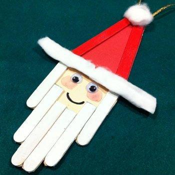 Papá Noel con palos de helado